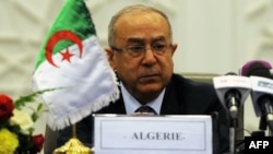 Algerian foreign minister, Ramtane Lamamra attends a signing ceremony for a peace agreement between the Malian government and armed groups in the north of Mali on May 14, 2015 in Algiers. Mali's main Tuareg-led rebel alliance, the Coordination of Azawad M